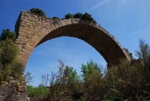 Ruta al puente romano de Mantible